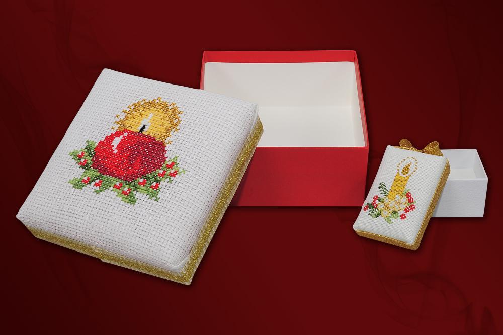 wykonywanie różnego rodzaju ozdób – bombek oraz pudełek i eleganckich kartek świątecznych